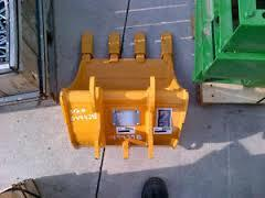 Where to find EXCAVATOR BUCKET - 18  DIG - 17D in Airdrie